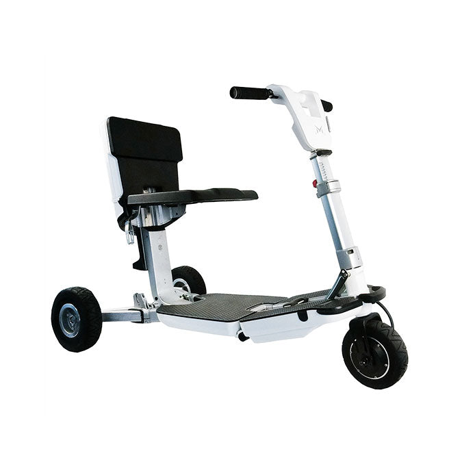 iMoving e-mobility scooter white colour in drive mode.