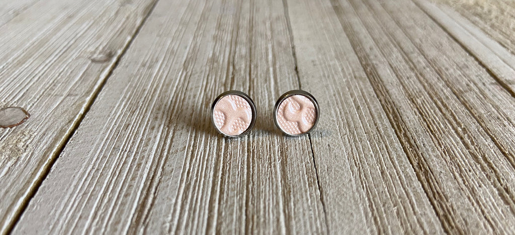 8mm Light Pink Embossed earrings