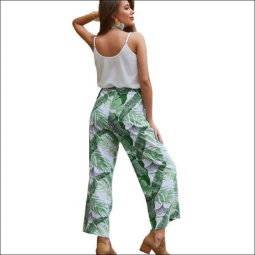 Casual Spaghetti Strap Camisole And Plant Print Tenths Pants Set370x