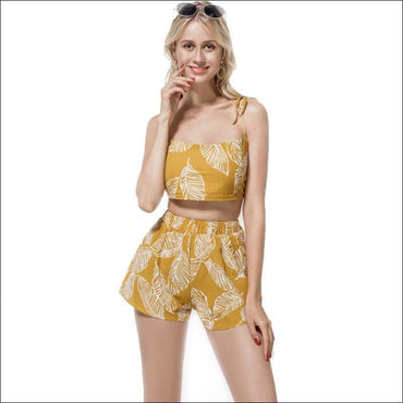 Leaf Print Crop Camisole And Wide Leg Shorts Set - S /