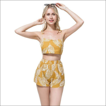 Leaf Print Crop Camisole And Wide Leg Shorts Set - Sets