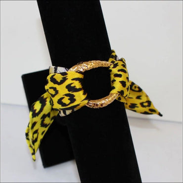 Yellow Leopard silk bracelet370x