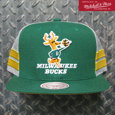 Mitchell & Ness Milwaukee Bucks NBA New Classic Snapback Hat 6HSSMM18701-MBUGYHT