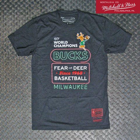 Mitchell & Ness Milwaukee Bucks NBA Fear The Deer Neon T-Shirt BMTRTP19167-MBUDKGH