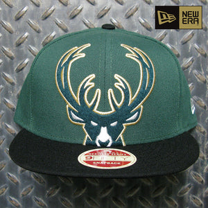 New Era Milwaukee Bucks Oversize Logo 9FIFTY Snapback Hat 80826106