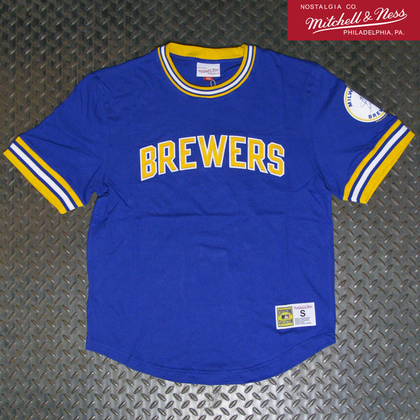 Mitchell & Ness Milwaukee Brewers Wild Pitch Top SSTEDA19003-MBRROYA