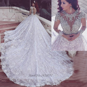 Vestidos de Noiva de Luxo Arabic Bridal Dresses 2017 Lace Wedding Dress Long Sleeve Beaded V Back Long Train Wedding Gowns Boda