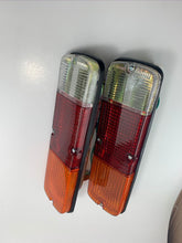 Load image into Gallery viewer, (L&R) Rear Tail lights complete Kit (FJ/BJ40-47) 1979-1984