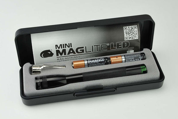 Mini Maglite® AAA LED Spectrum Series™ Green - MAGLITE® Europe Flashlights & Lifestyle