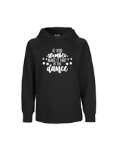 Afbeelding in Gallery-weergave laden, 'If you stumble, make it part of the dance' hoodie voor kinderen