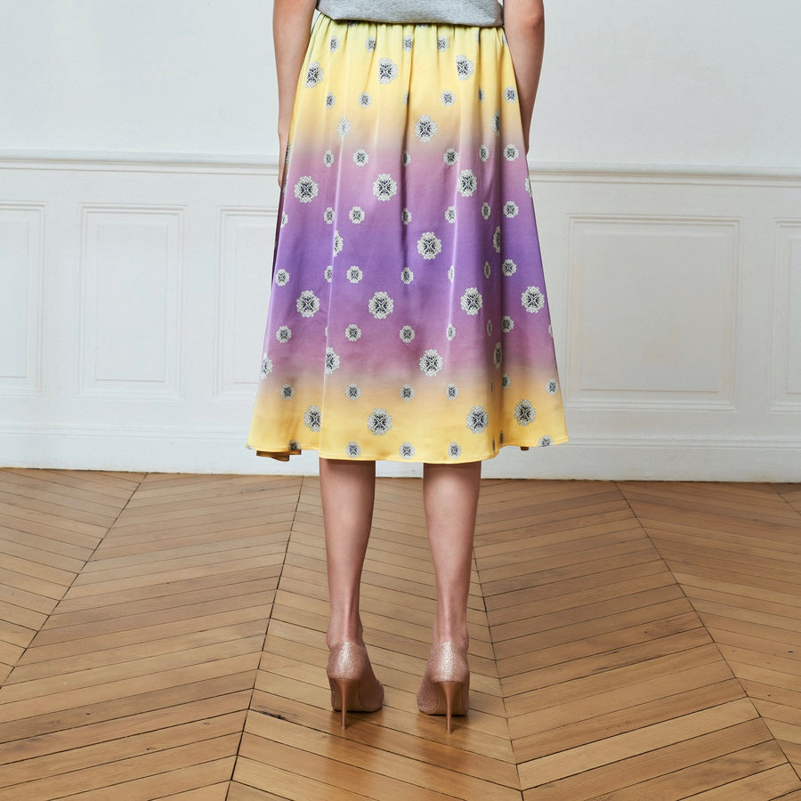 Gradient Mid-High Printed Skirt