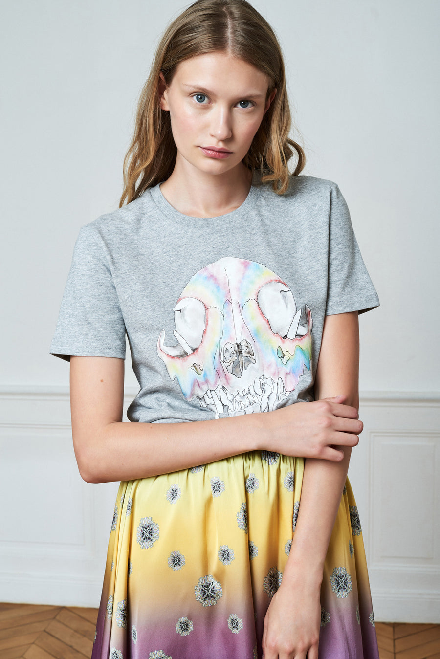 Graphic Printed T-shirt and Gradient Mid-High Printed Skirt