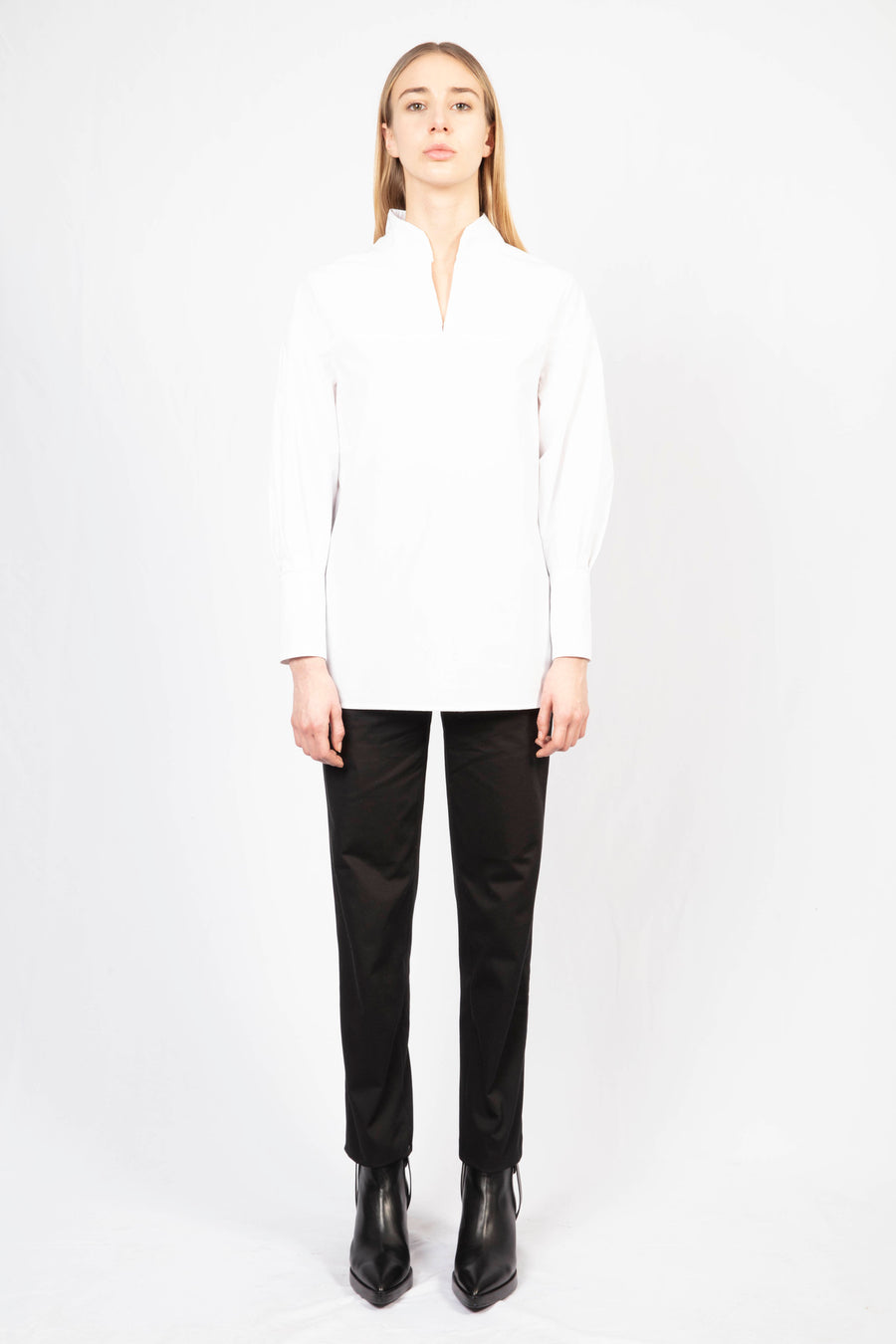 Collar Shirt/High-Waisted Tailored Pants