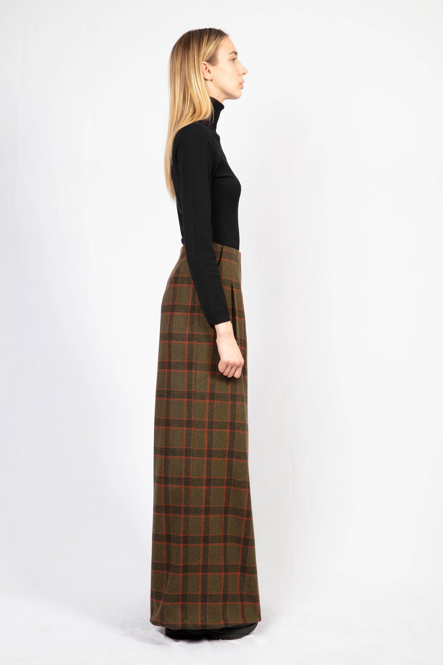 High-Waisted Tailored Trousers / Turtle Neck Dress