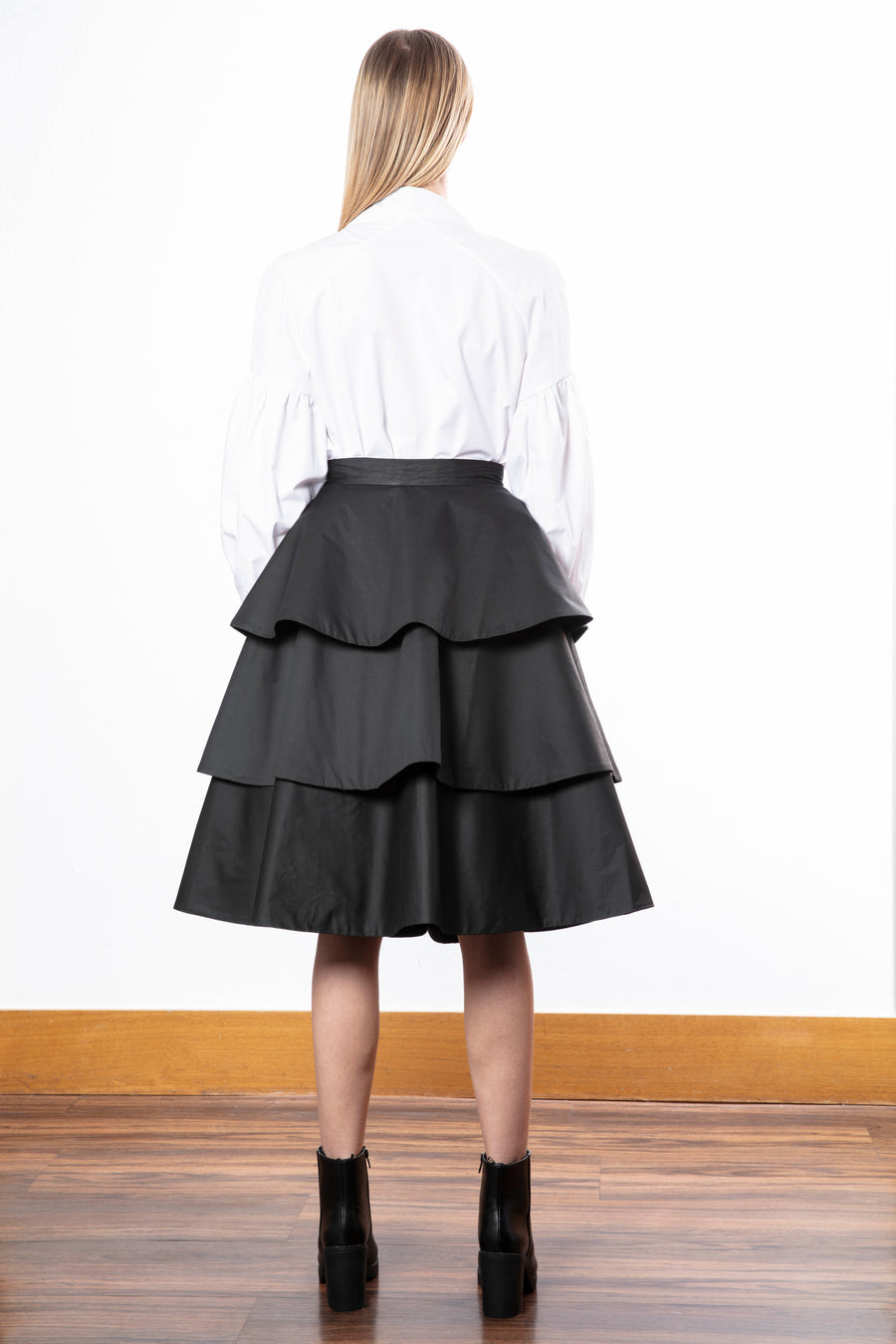 Layered Ruffled Skirt/Mandarin Collar Shirt