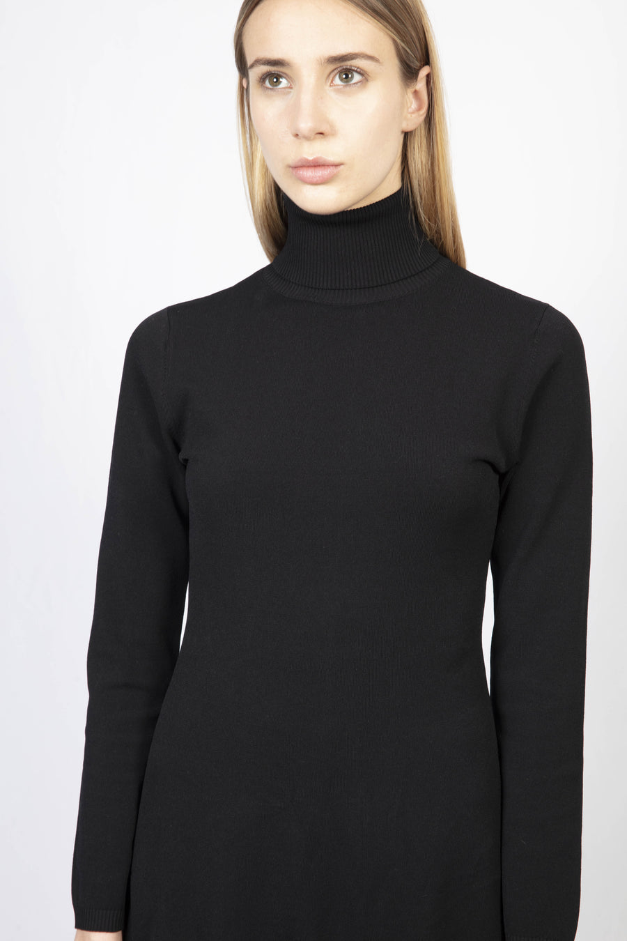 Turtle Neck Knit Dress