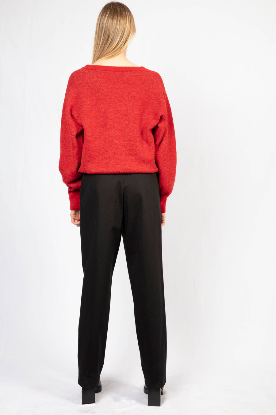 Oversize Jumper/High-Waisted Tailored Pants