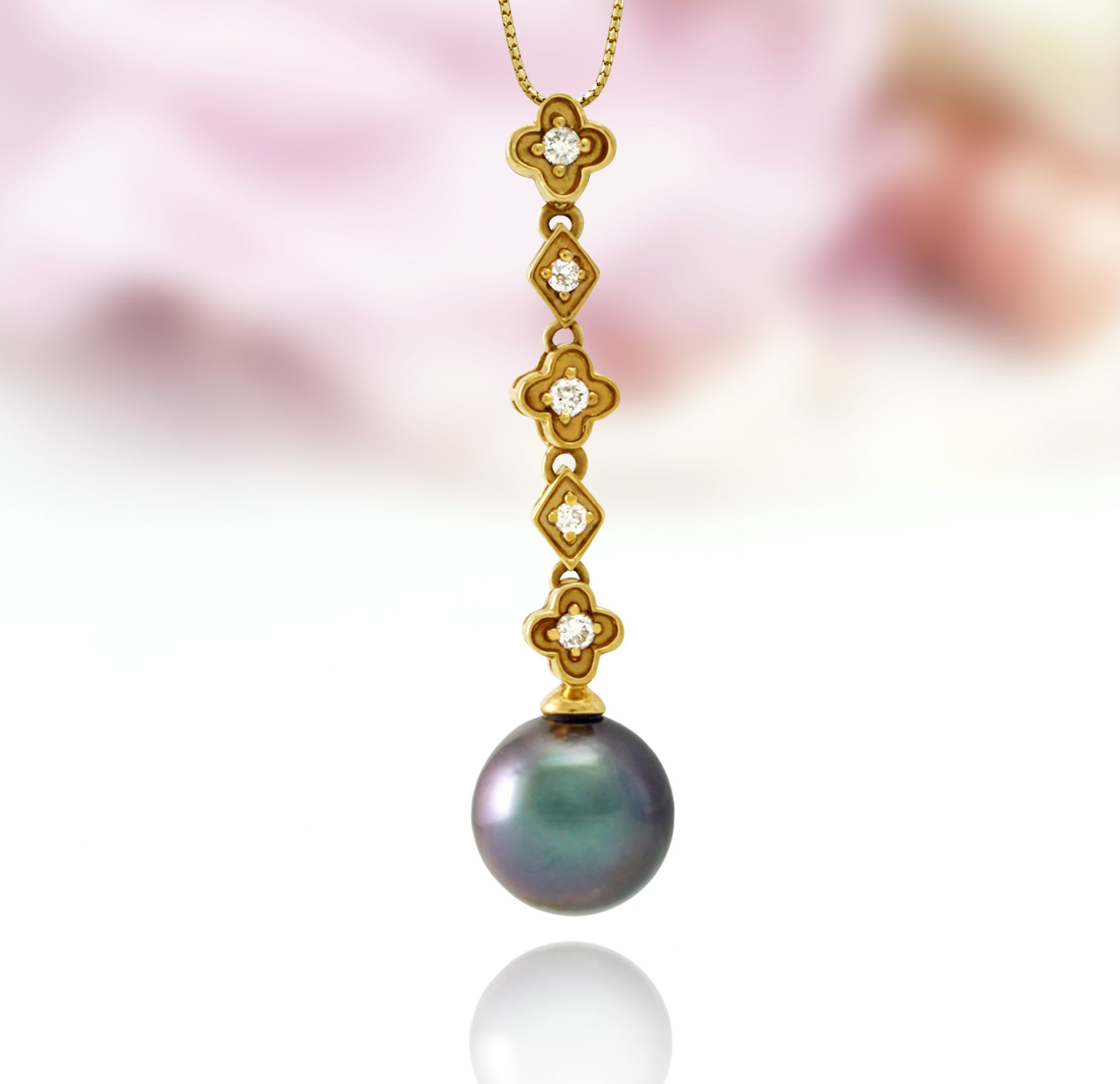 Tahitian pearl pendant in 18k yellow gold with diamonds - Tiare Tahiti - PEYDPE00573