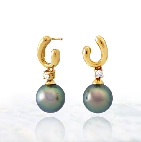 Tahitian pearl earrings in 18k yellow gold and diamonds - Timeless Elegance - EAYDPE00090