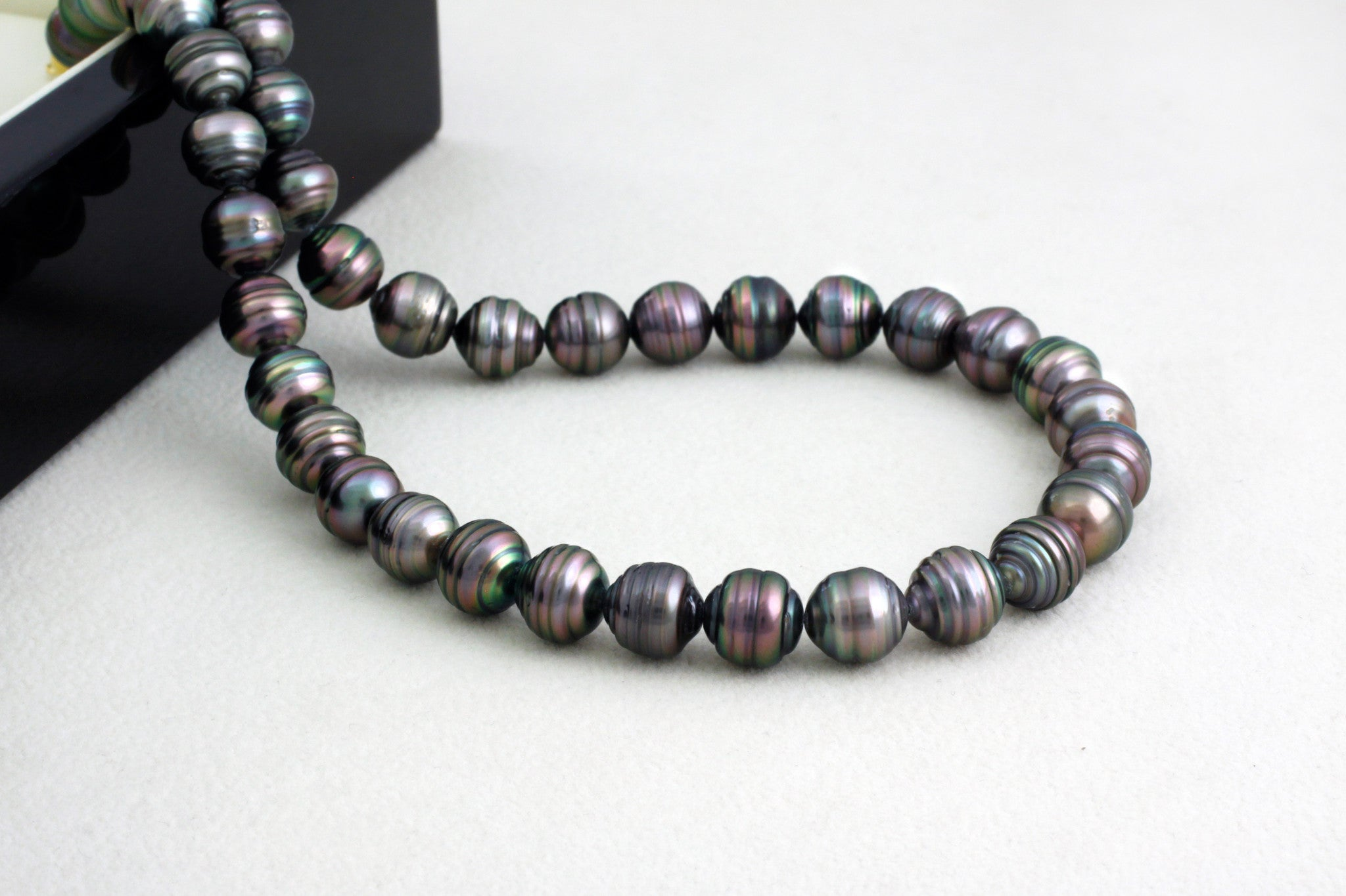 Tahitian pearl strand - Gold plated clasp - NECAUN02245
