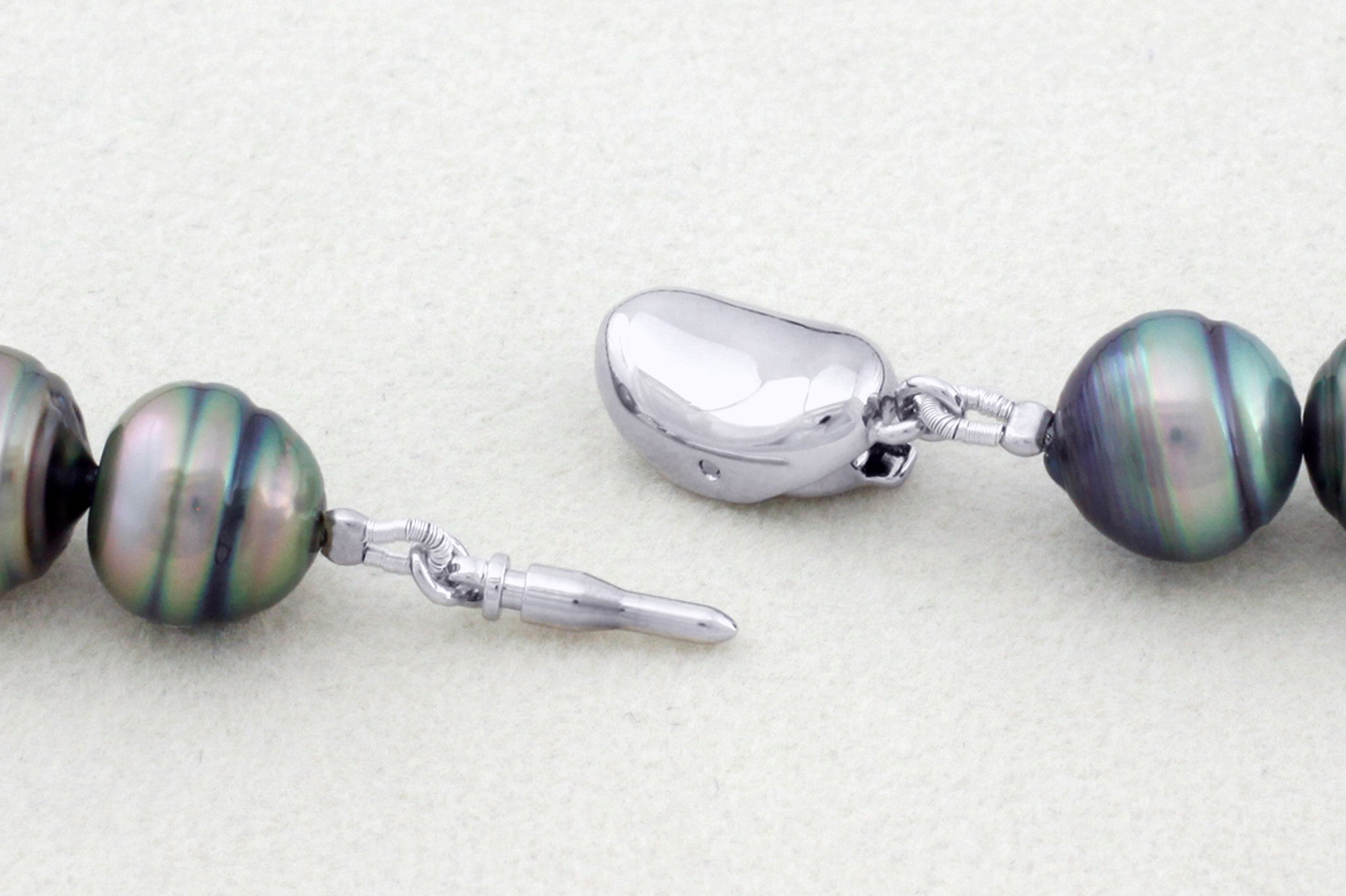 Tahitian pearl strand - silver clasp - NESVPE01131