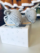 Load image into Gallery viewer, Crochet Fox new born booties