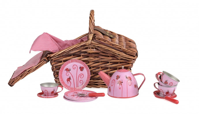 Tea set Ladybug in a wicker basket