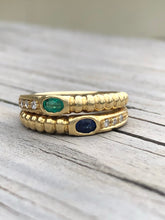 Load image into Gallery viewer, 18k Gold Emerald And Sapphire Bypass Ring