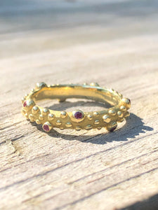 Estate 18k Yellow Gold And Ruby Band