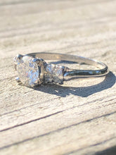 Load image into Gallery viewer, Antique 1.01CTW Platinum Old European Cut Diamond Ring