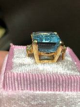 Load image into Gallery viewer, Estate 12.38 Carat Aquamarine Ring