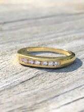 Load image into Gallery viewer, Estate 14k Gold Diamond Band