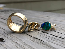 Load image into Gallery viewer, 14k Gold And Opal Ring And Earrings Set