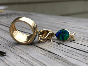 14k Gold And Opal Ring And Earrings Set