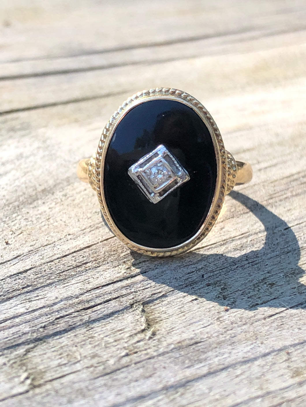 14k Gold And Onyx Diamond Ring