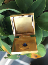 Load image into Gallery viewer, Burma No Heat Sapphire Gold Locket