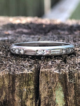 Load image into Gallery viewer, Platinum baguette diamond band