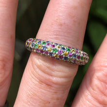 Load image into Gallery viewer, Estate 14k Rainbow Sapphire Ring