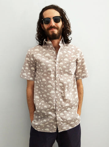 Renegade cloud print Cotton buttoned up short sleeve Shirt in grey