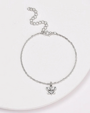 Load image into Gallery viewer, Butterfly Charm Chained Anklet