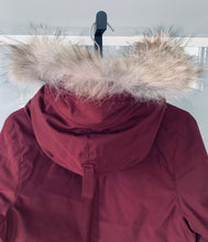 Load image into Gallery viewer, CANADA GOOSE Ladies Victoria Parka Plum Size M