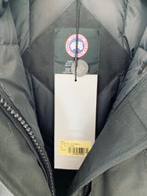 Load image into Gallery viewer, CANADA GOOSE Ladies Trillium Parka Black Size XS