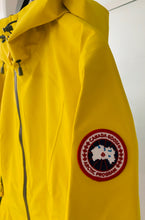 Load image into Gallery viewer, CANADA GOOSE Ladies Canyon Shell Sunlight Yellow Size L