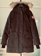 Load image into Gallery viewer, CANADA GOOSE Ladies Trillium Parka Black Size M