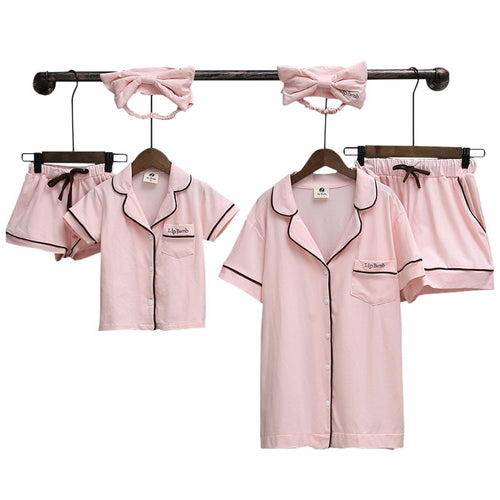 Family Matching Pyjamas Summer Look Mom and Daughter Dresses Two Pieces Shirts+shorts Mama Mother Daughter Son Pajamas Clothes