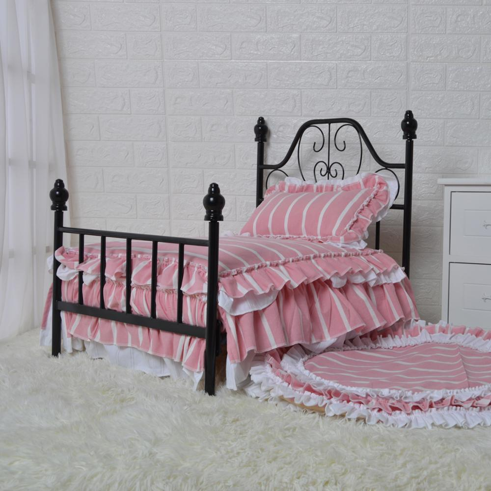 Wrought iron dog bed pet luxury iron bed contains bedding