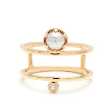 Load image into Gallery viewer, Reverse Attelage Ring (Size 6.75) - Yellow Gold, Pearl & White Diamond - Jewelries-World