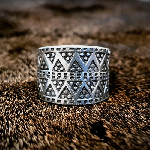 Viking Pewter Replica Ring. Design taken from Norse/viking museum
