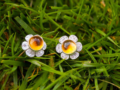 Lace silver daisy studs - The Silver Grasshopper