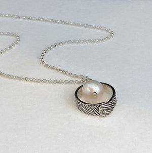 Unity Single Circle Necklace